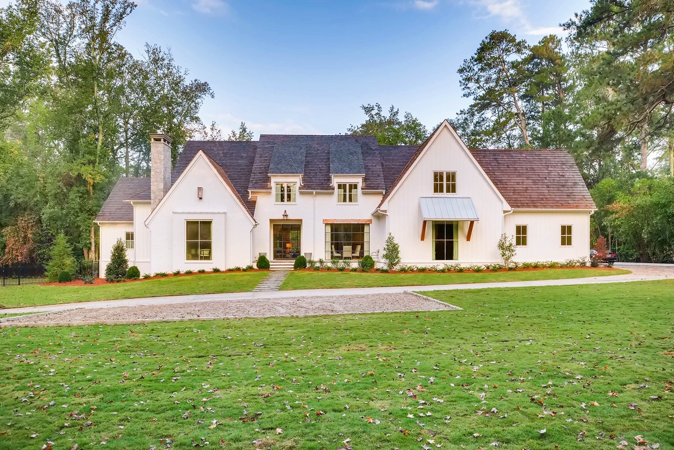 2950 Ridgewood Road - Atlanta -