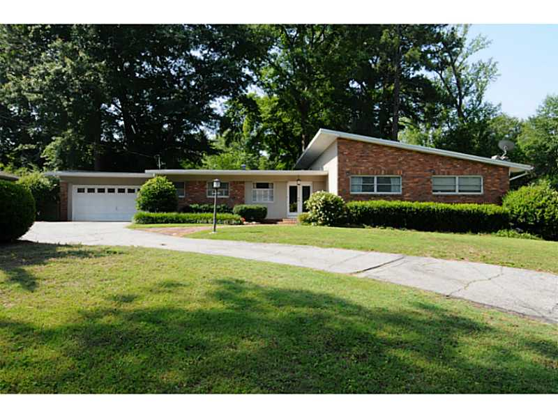 1055 Robin LN NE - Atlanta - Morningside