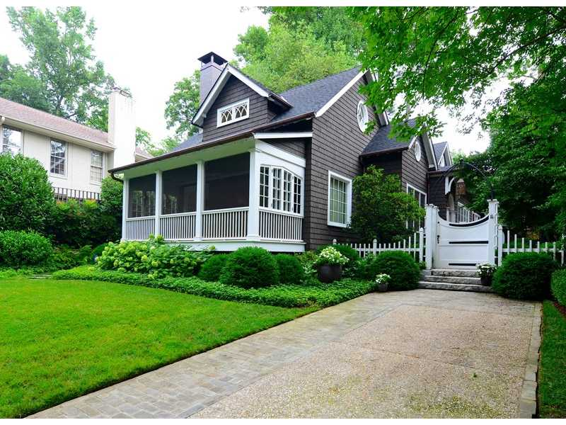 33 Demorest AVE NE - Atlanta - Peachtree Heights East