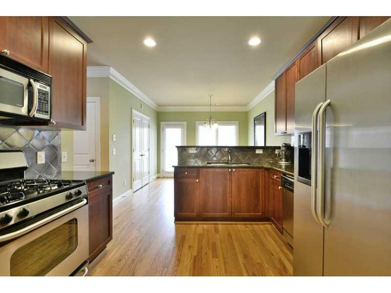 961 W Highland Drive NW - Atlanta - West Highlands