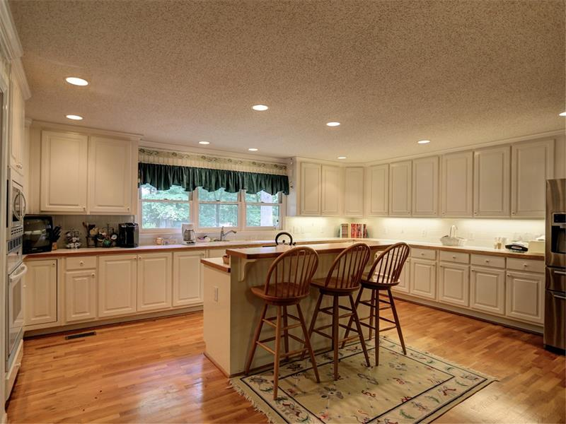 3731 Clubland Drive - Marietta - Indian Hills Country Club