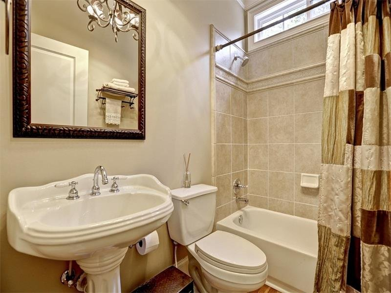 This is the full bath on the main level complete with everything your guests could want.