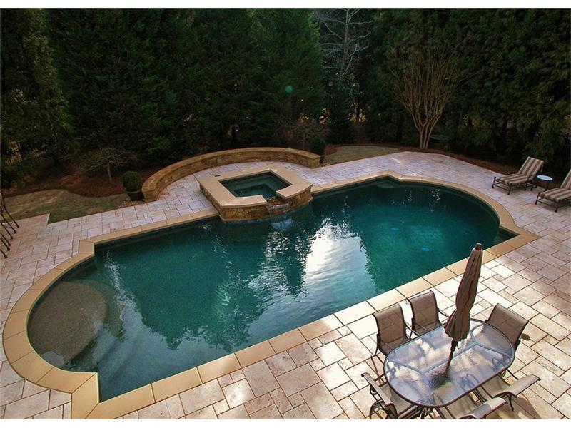 Large saltwater pool with in-floor cleaning system