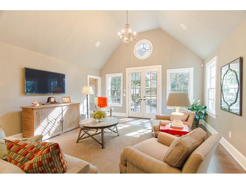 2065 Golfview Drive NW - Atlanta - Collier Hills