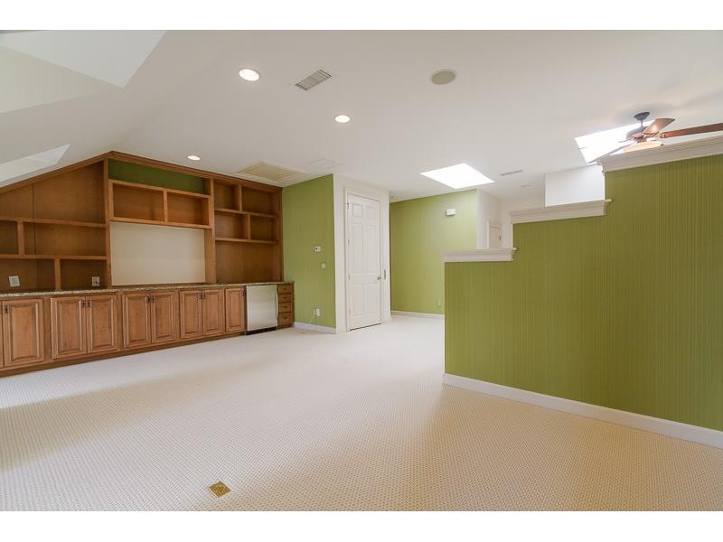Large fourth floor with Full Bath could be a fourth Bedroom or wonderful Bonus Room