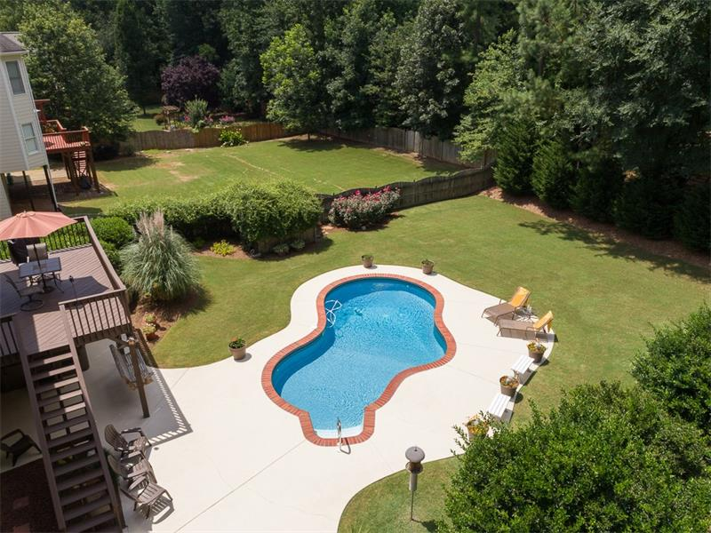 5550 Hedge Brooke Drive NW - Acworth - BROOKSTONE