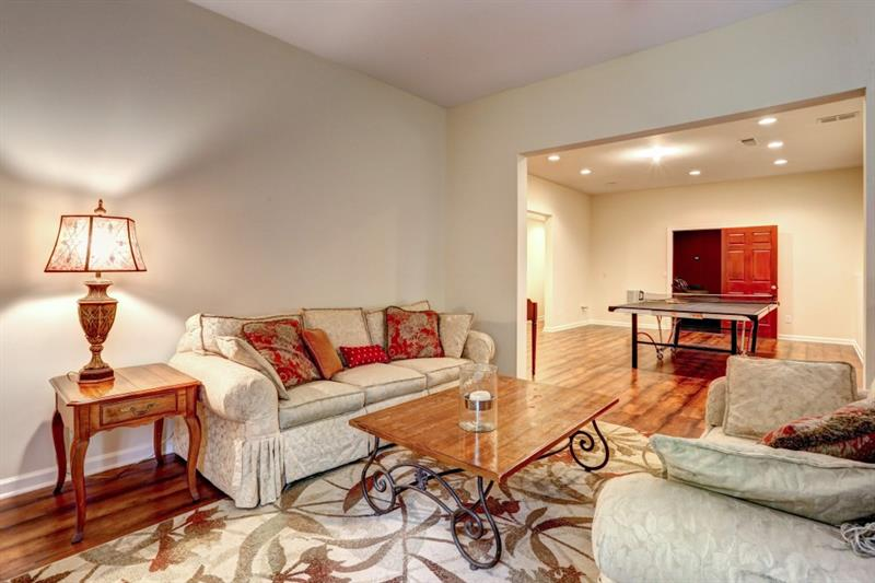 360 Crown Vetch Lane - Alpharetta - Fox Glen