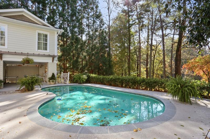120 Forrest Lake Drive - Sandy Springs - Chastain Park