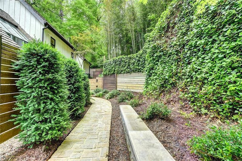 450 Valley Road NW - Atlanta - Tuxedo Park