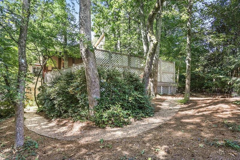 4475 N Elizabeth Lane SE - Atlanta - Vinings