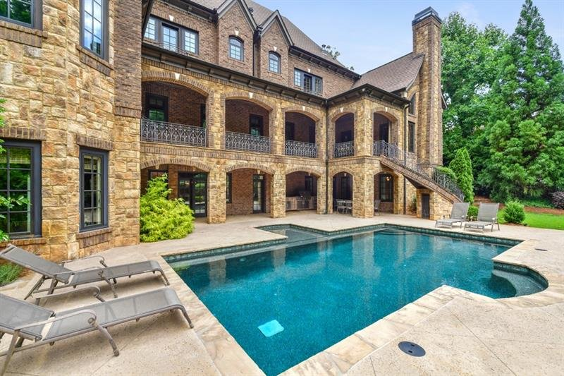 4934 Powers Ferry Road - Atlanta - Buckhead
