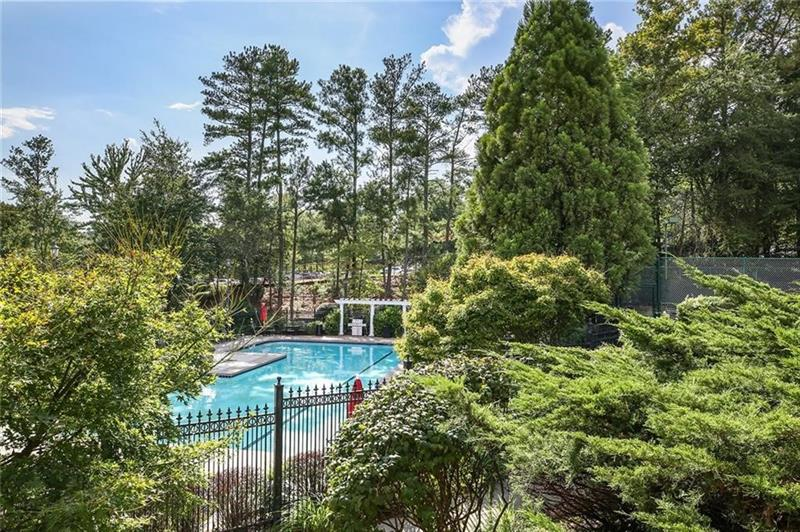 795 Hammond Drive - Atlanta - Park Towers