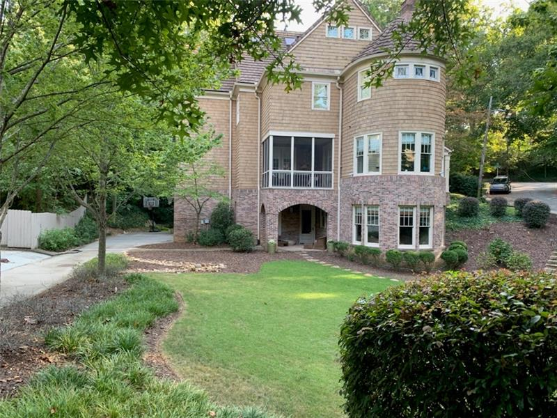 875 GLEN ARDEN Way NE - Atlanta - Virginia Highland