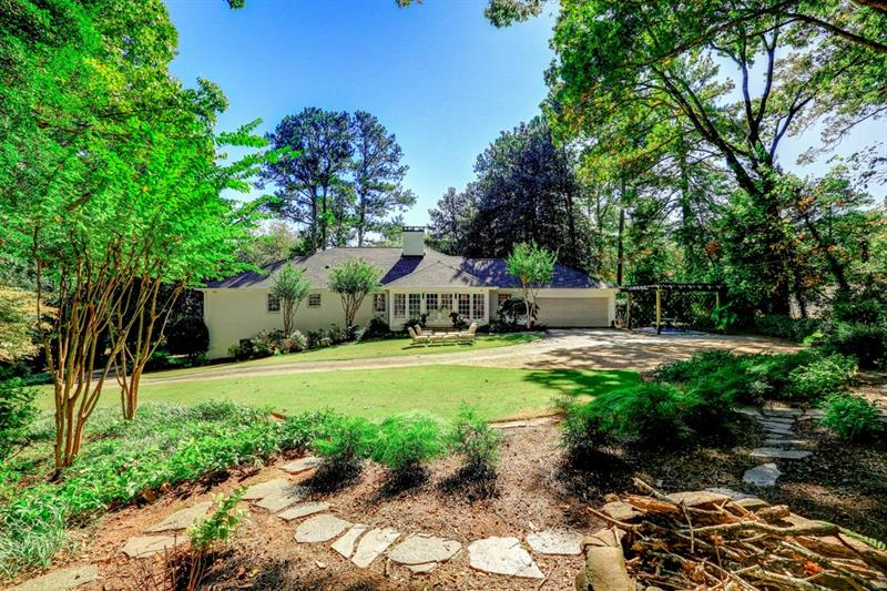 4187 Conway Valley Road NW - Atlanta - Buckhead