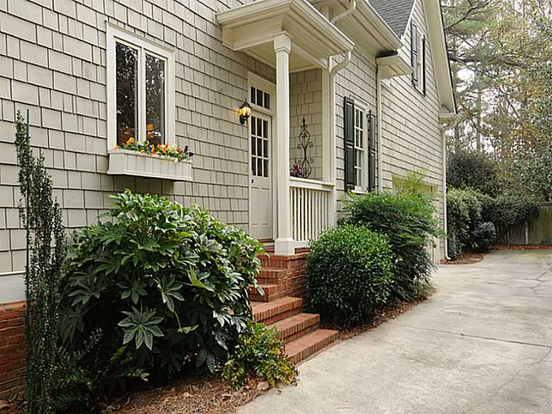 1145 Brookgate Way NE - Atlanta - Historic Brookhaven